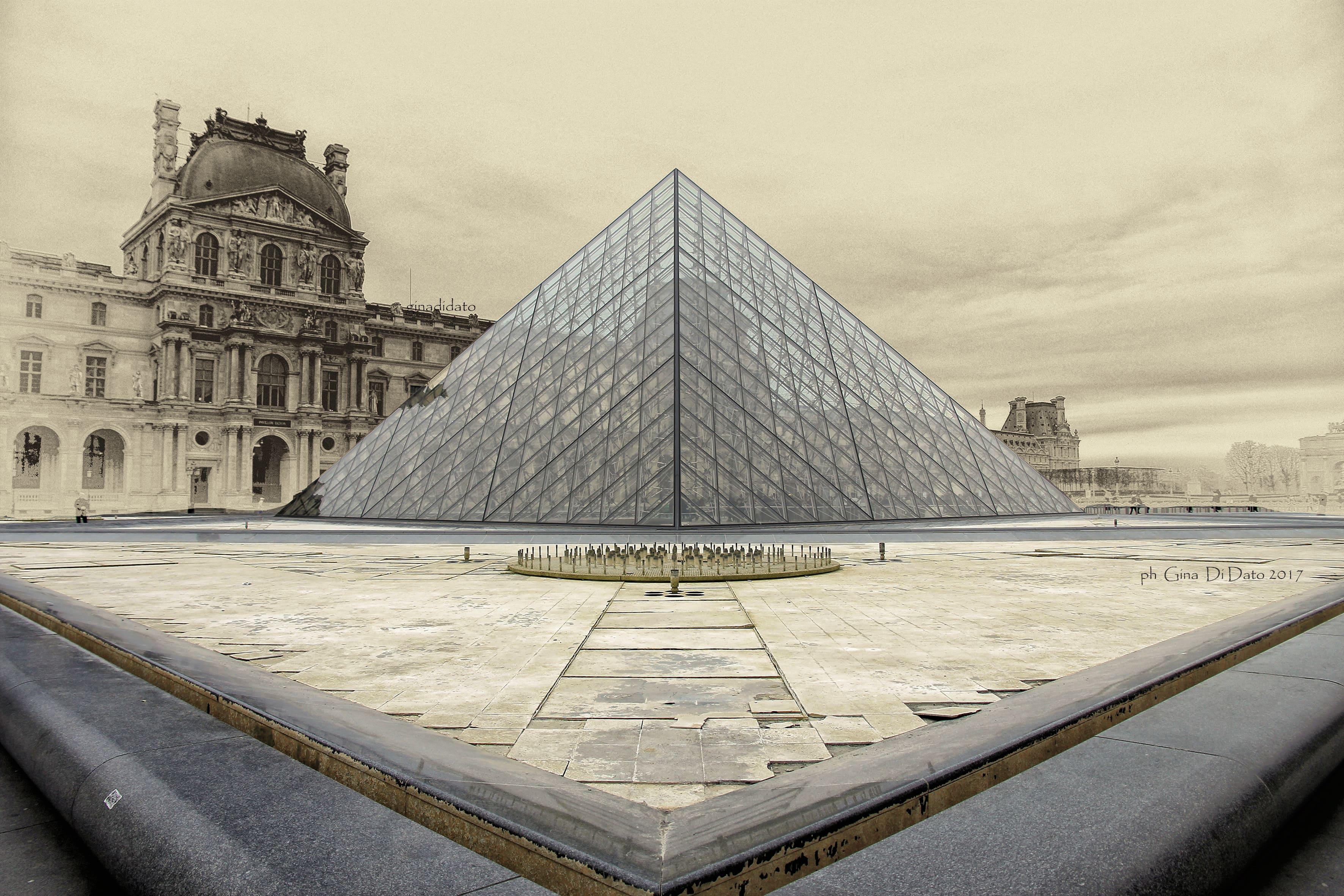 Black friday weekend per 2 a parigi con 200 hotel volo for Parigi a febbraio