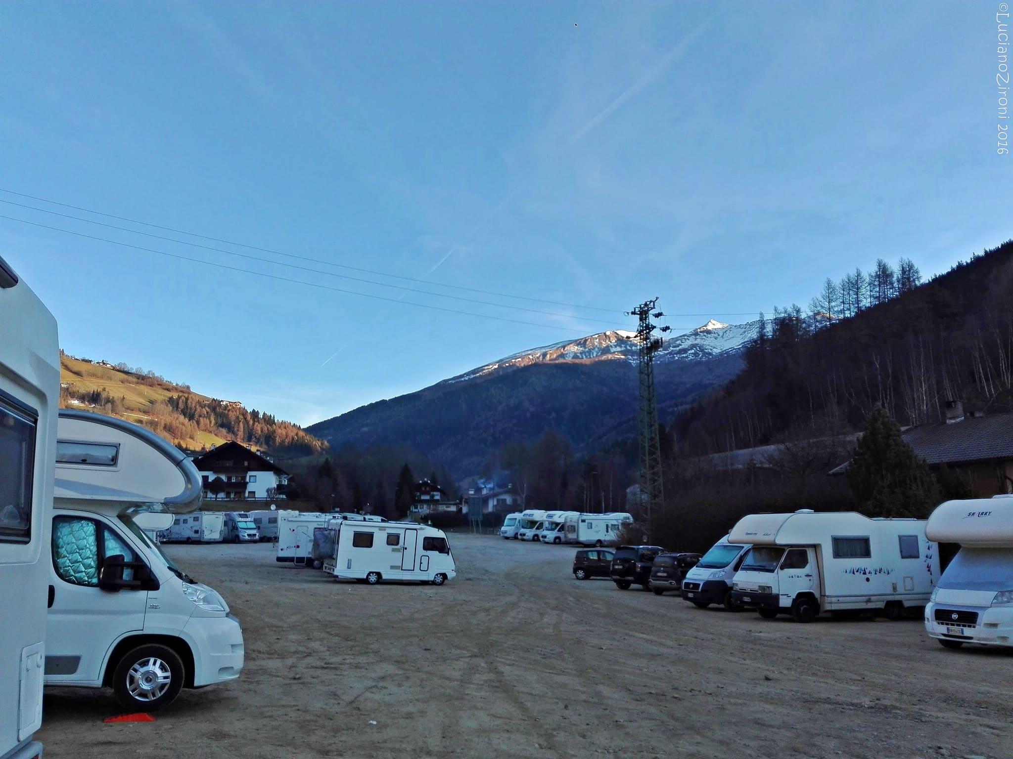 parcheggio camper mercatino di natale di bolzano