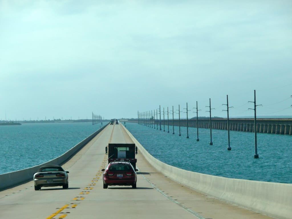 Seven mile bridge uragani key west