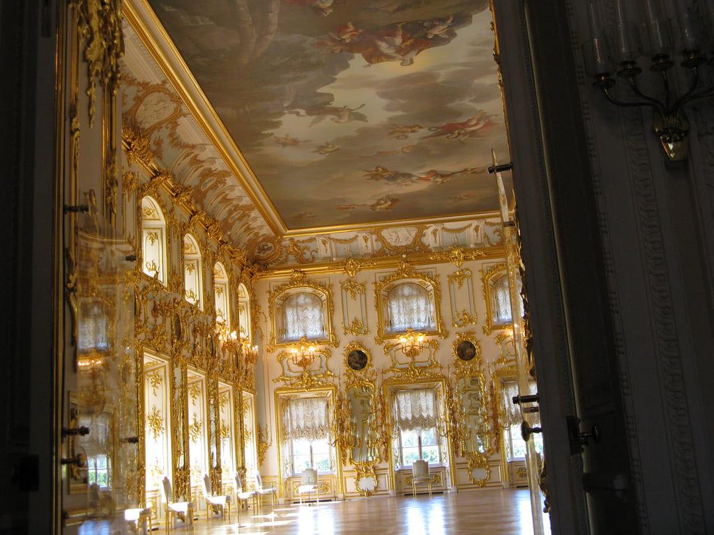 Palazzo grande peterhof