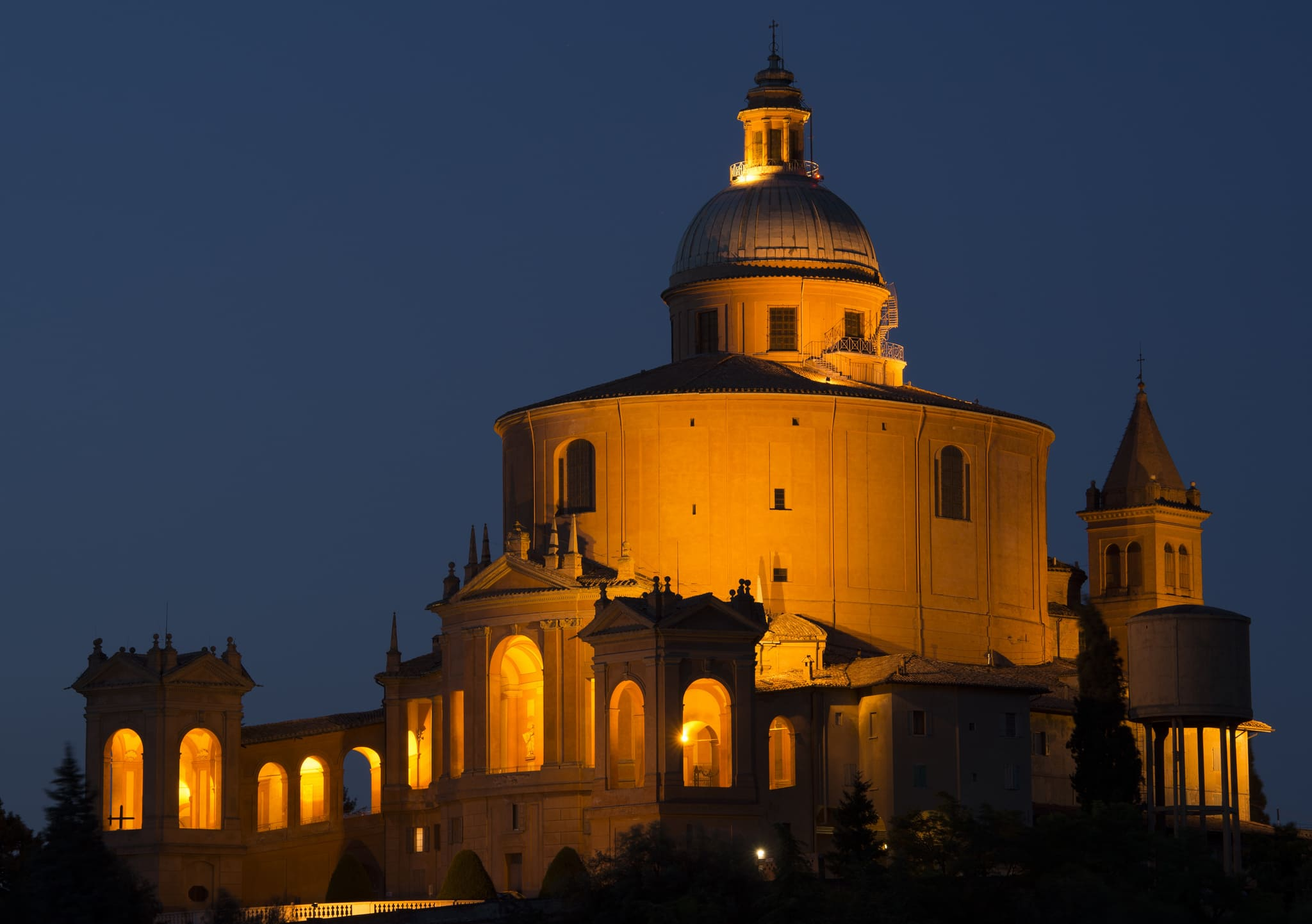 Santuario di San Luca di notte