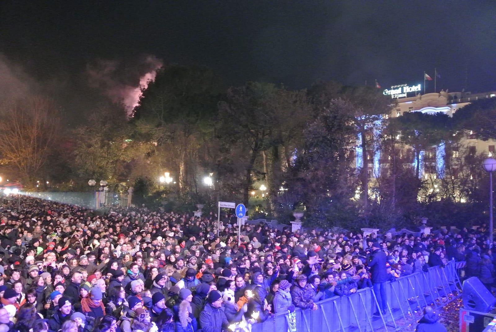 in piazza per Capodanno Rimini
