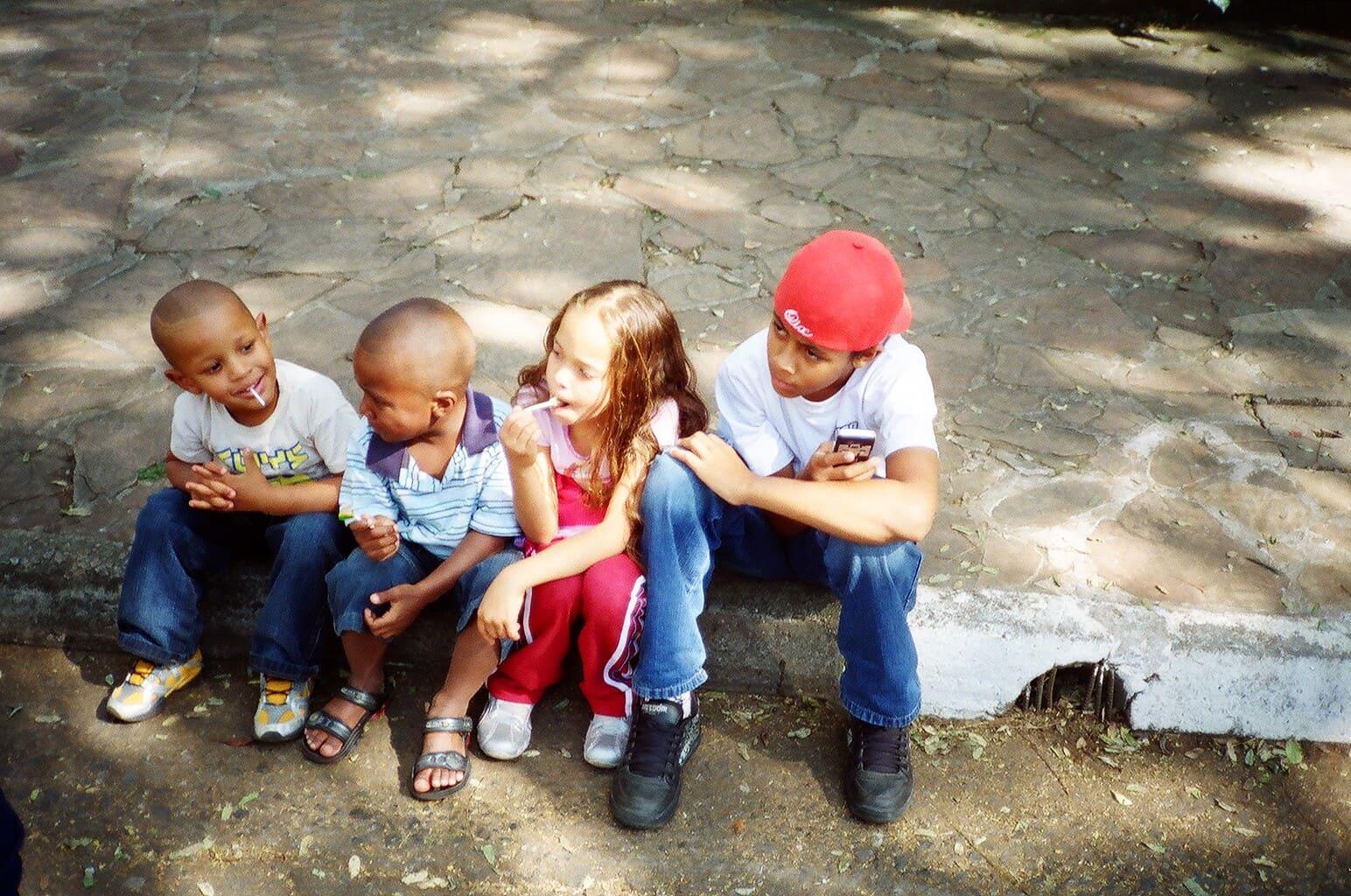 bambini al villaggio gnomi di asiago
