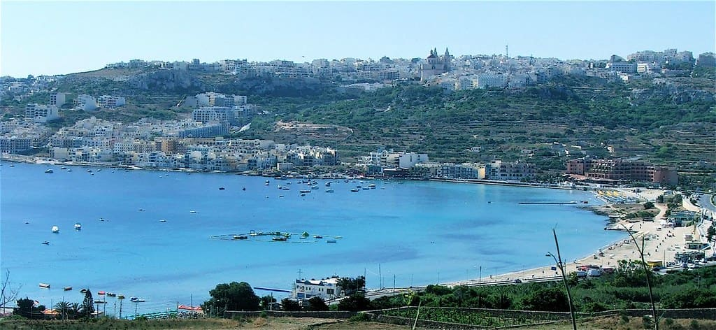 Spiaggia Golden Bay di Malta
