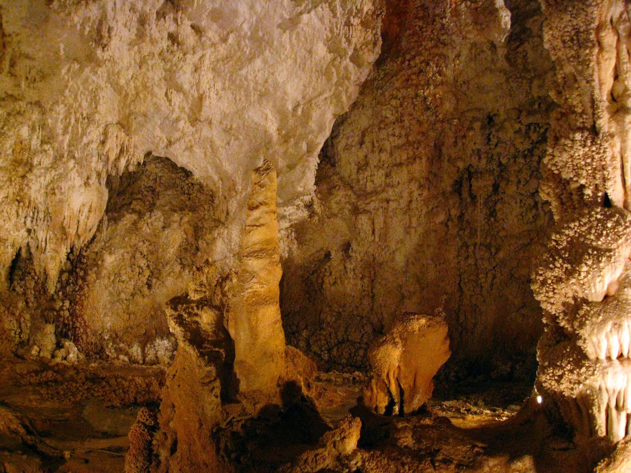 grotte di toirano Liguria
