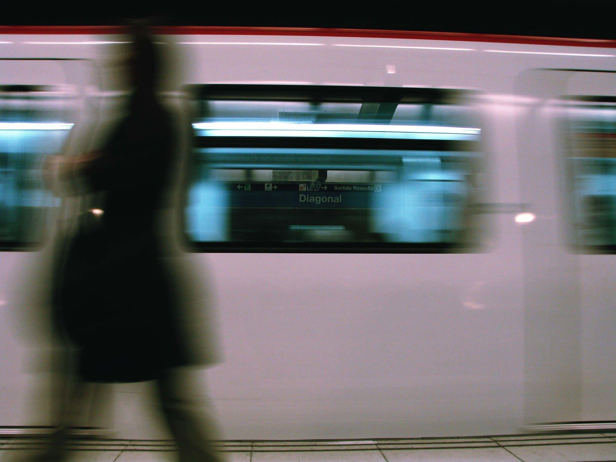 orari metro barcellona